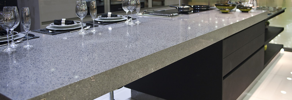 Kitchen Worktop Chrome 1