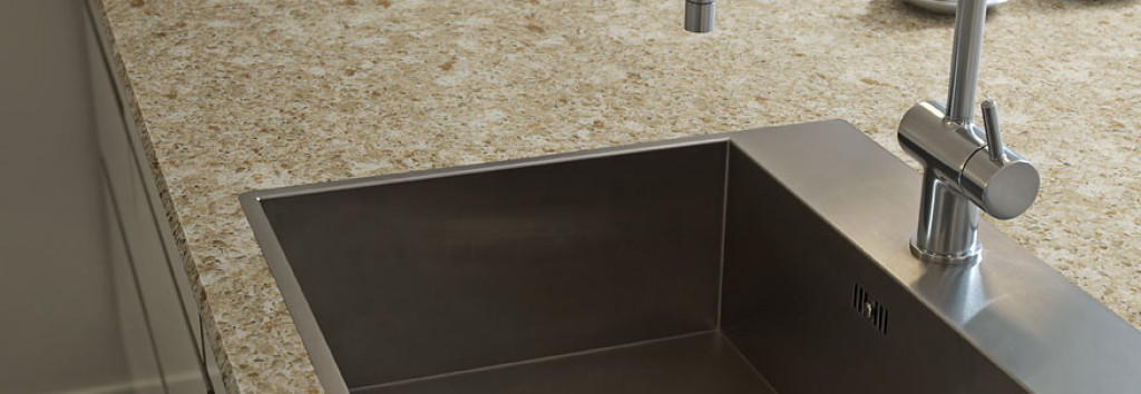 Countertop in detail Red Pine