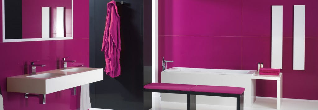 Bathroom walling Magenta Energy